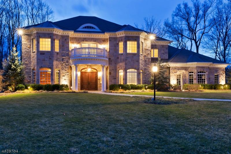 独户住宅 为 销售 在 188 Pine Way 新普罗维登斯岛, 新泽西州 07974 美国