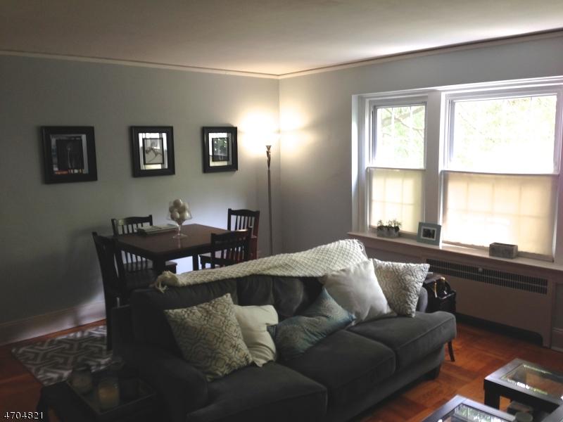 Частный односемейный дом для того Аренда на 217 Prospect Avenue Cranford, Нью-Джерси 07016 Соединенные Штаты