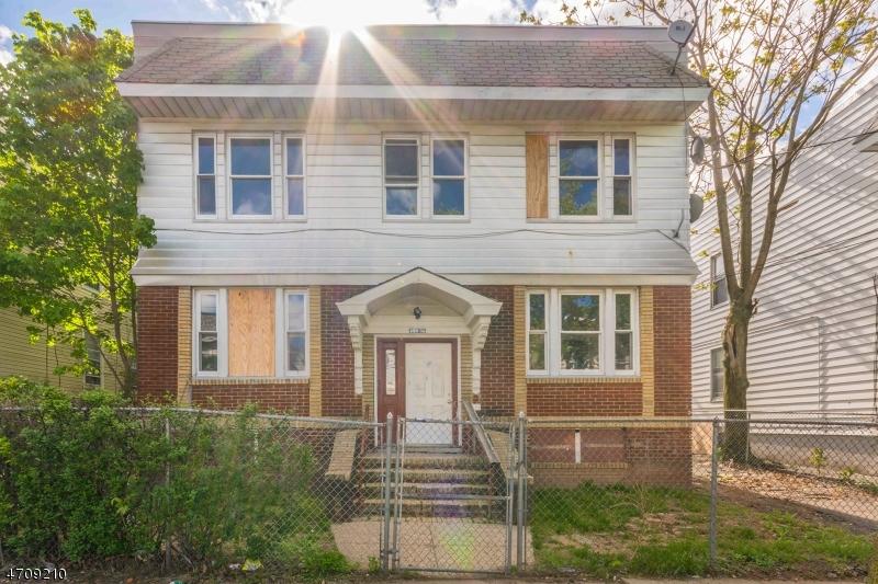 Многосемейный дом для того Продажа на 256-258 MUNN Avenue Irvington, 07111 Соединенные Штаты