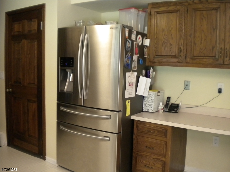 Additional photo for property listing at 22 Mabro Drive  Denville, New Jersey 07834 États-Unis