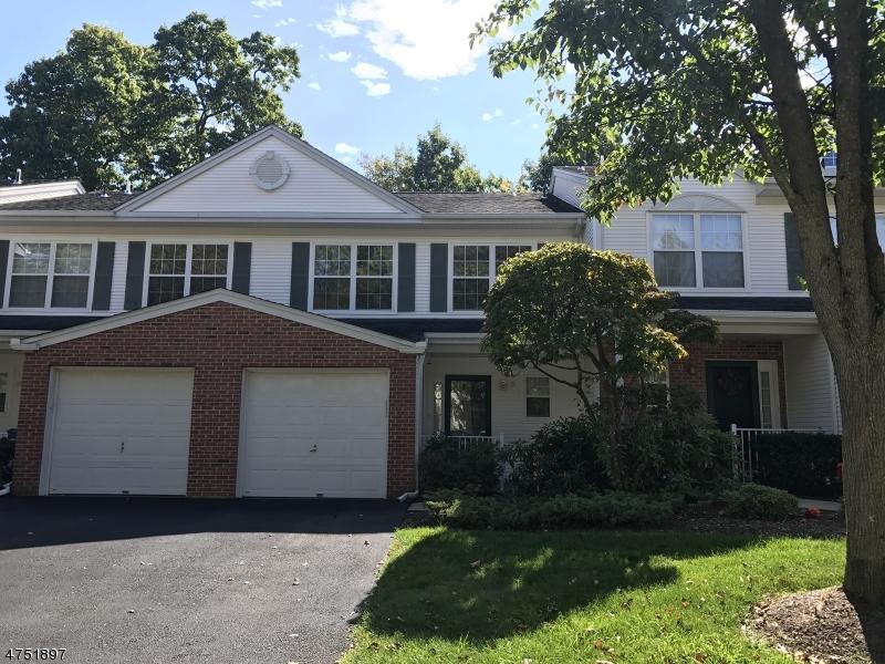 独户住宅 为 出租 在 31 Maple Lane 阿灵顿山, 新泽西州 07856 美国