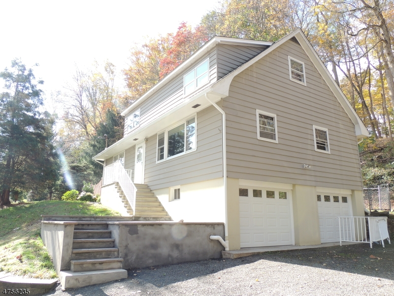 Single Family Home for Rent at 3 Grossweiler Lane Warren, New Jersey 07059 United States