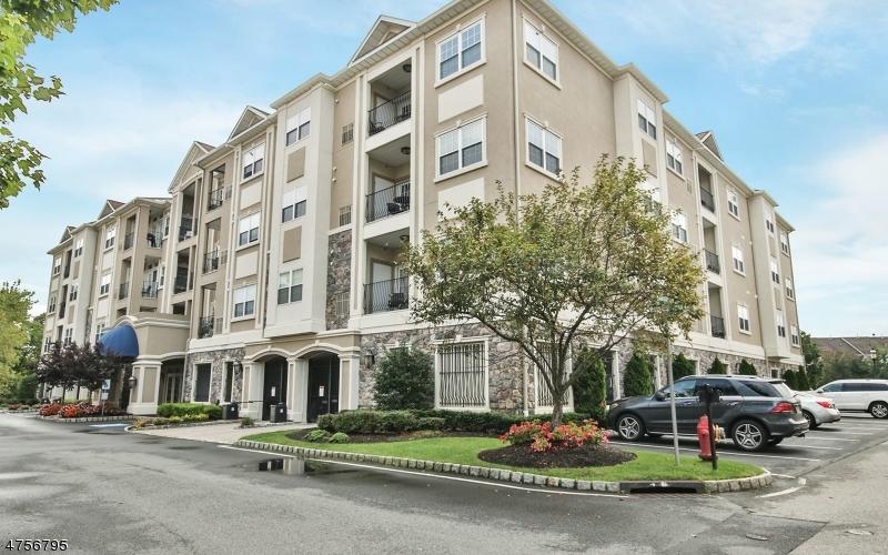 一戸建て のために 売買 アット 1305 Wickham Ter 1305 Wickham Ter Clifton, ニュージャージー 07013 アメリカ合衆国