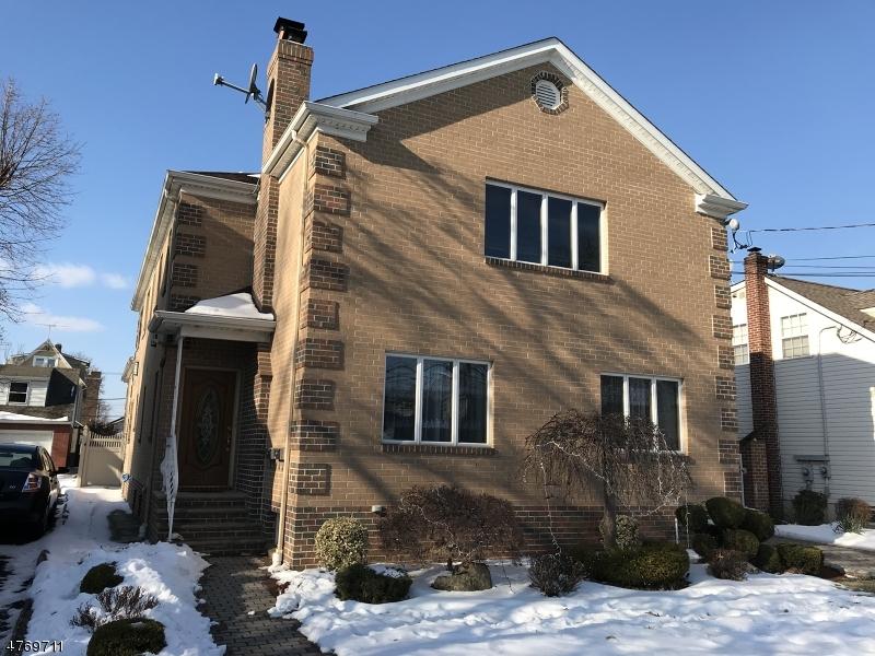 Частный односемейный дом для того Аренда на 31 E Munsell Avenue Linden, Нью-Джерси 07036 Соединенные Штаты
