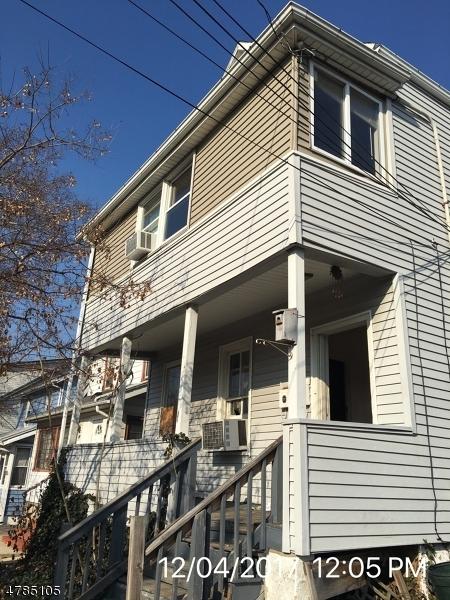 Mehrfamilienhaus für Verkauf beim 32 Dawson Street 32 Dawson Street Belleville, New Jersey 07109 Vereinigte Staaten