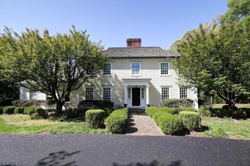 Enfamiljshus för Hyra vid 410 MOUNTAIN Road Bernards Township, New Jersey 07920 Usa