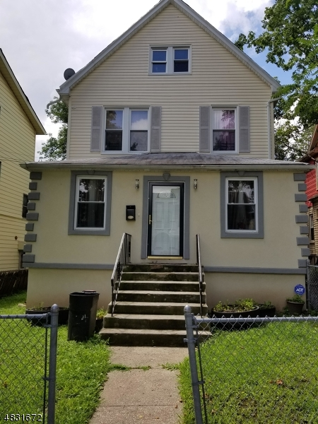 Single Family Home for Sale at 224 WEEQUAHIC AVE 224 WEEQUAHIC AVE Newark, New Jersey 07112 United States