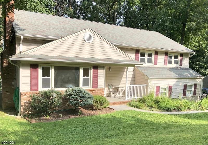 Casa Unifamiliar por un Alquiler en 24 MOLLY STARK Drive Morris Township, Nueva Jersey 07960 Estados Unidos
