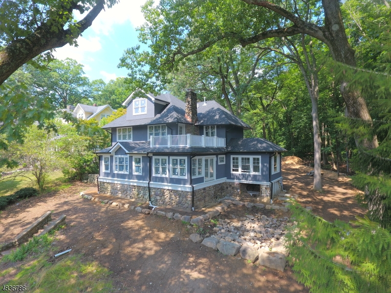 Single Family Home for Sale at 1 Bellvale Road Mountain Lakes, New Jersey 07046 United States