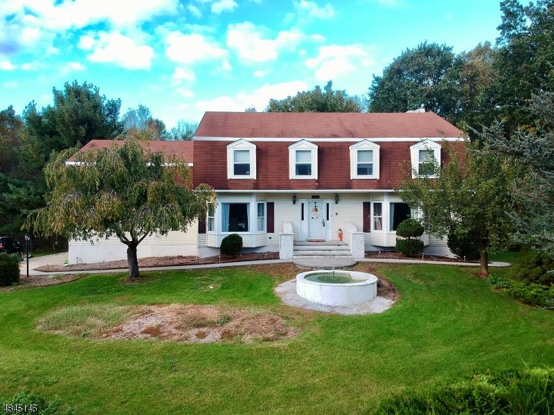 独户住宅 为 销售 在 4 SPARROW Court Jefferson Township, 新泽西州 07438 美国