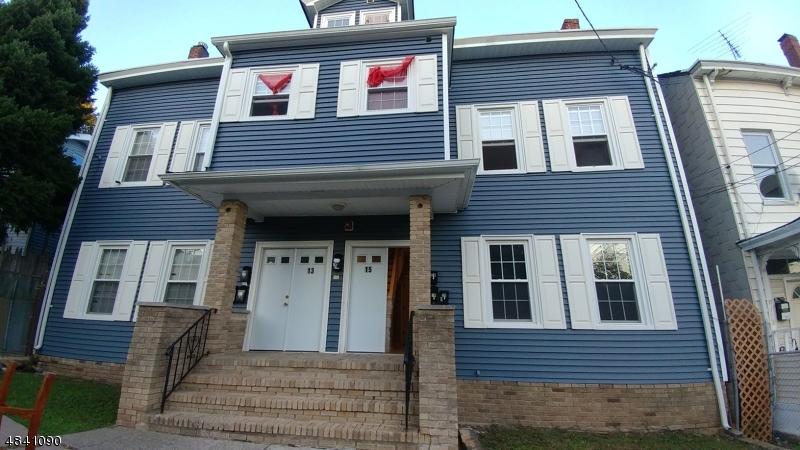 商用 為 出售 在 13 MARTIN Street Paterson, 新澤西州 07501 美國