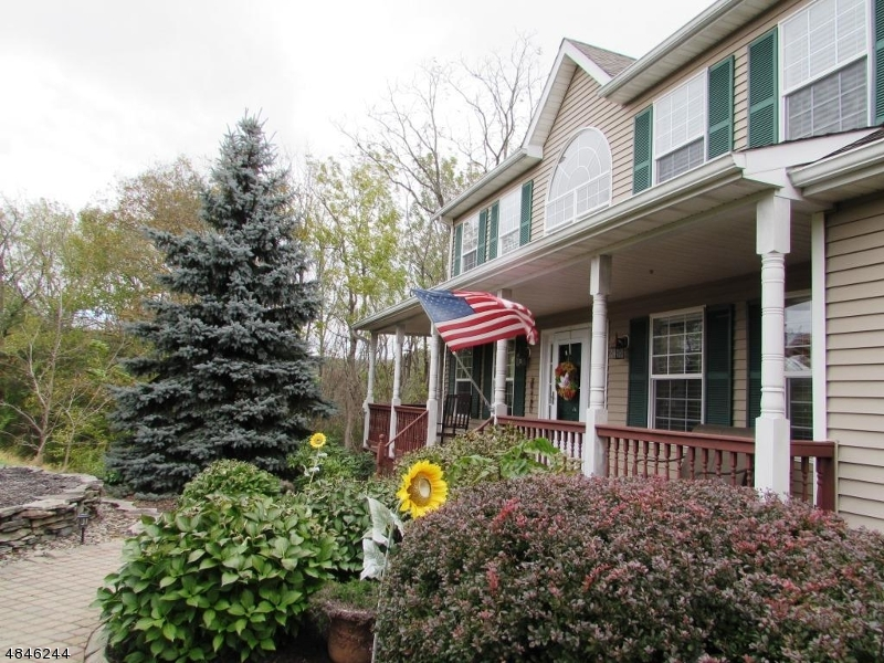 Single Family Home for Sale at 23 LINKS CT 23 LINKS CT Sparta, New Jersey 07871 United States