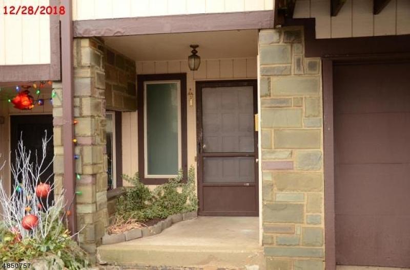 Property pour l Vente à 41 CHELSEA WAY Bridgewater, New Jersey 08807 États-Unis