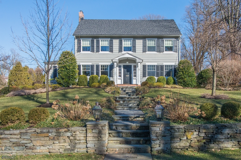Single Family Home for Sale at 73 BELLEVUE AVE 73 BELLEVUE AVE Summit, New Jersey 07901 United States
