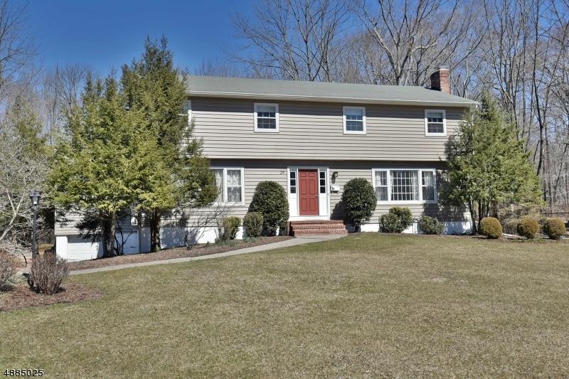 Villa per Vendita alle ore 29 LINDA Drive Allendale, New Jersey 07401 Stati Uniti