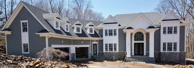 Maison unifamiliale pour l Vente à 13 ROCKAGE Road Warren, New Jersey 07059 États-Unis