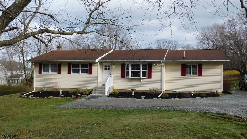 Частный односемейный дом для того Продажа на 425 HILL Road Glen Gardner, Нью-Джерси 08826 Соединенные Штаты