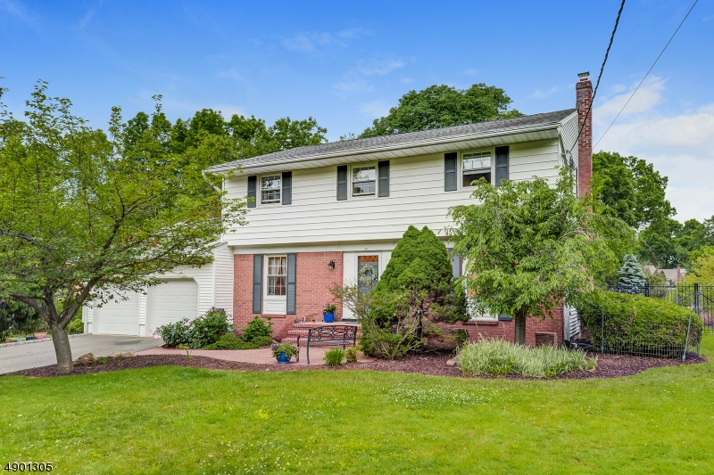 Single Family Homes for Sale at Roseland, New Jersey 07068 United States