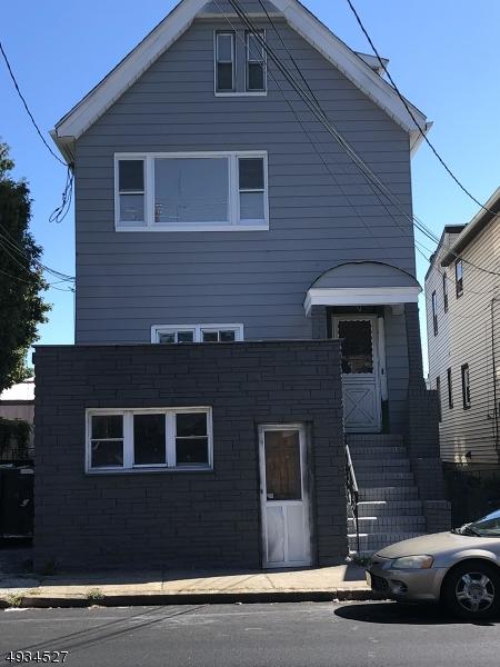 Multi-Family Homes für Verkauf beim Belleville, New Jersey 07109 Vereinigte Staaten