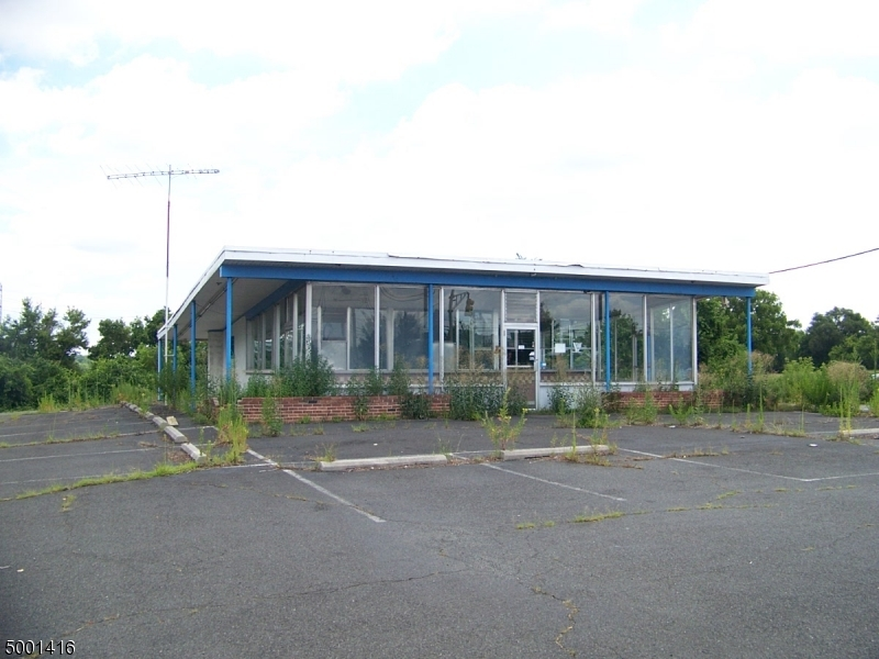 Commercial for Sale at Greenwich, New Jersey 08865 United States