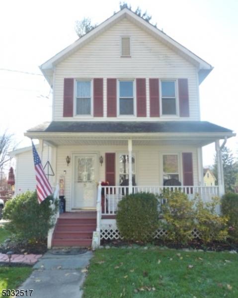 Single Family Homes para Venda às Knowlton, Nova Jersey 07832 Estados Unidos