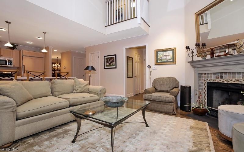 Additional photo for property listing at 26 Raven Drive  Morristown, Нью-Джерси 07960 Соединенные Штаты