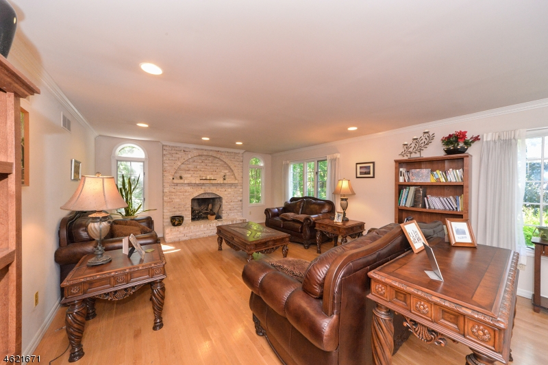 Additional photo for property listing at 853 Norton Church Road  Hampton, Нью-Джерси 08827 Соединенные Штаты