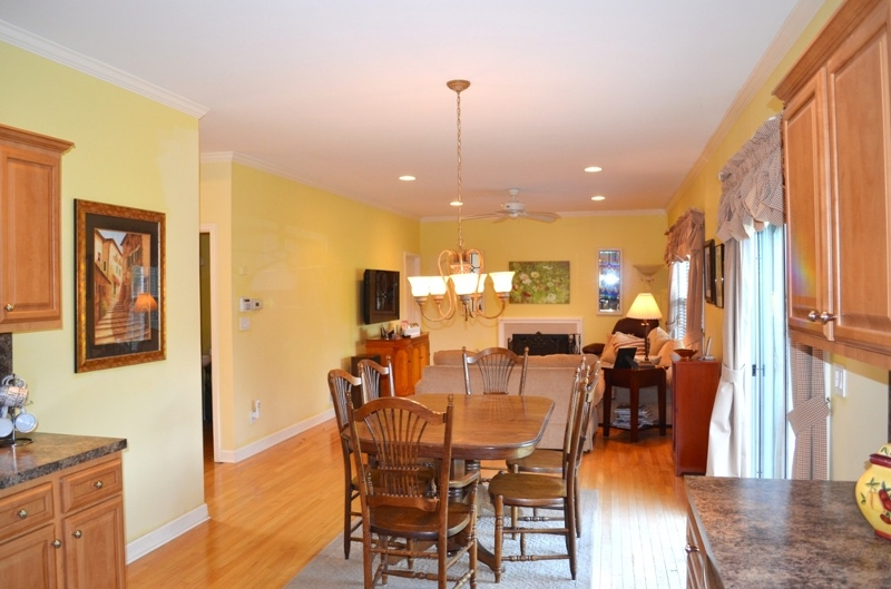 Additional photo for property listing at 21 Treeview Circle  Scotch Plains, Нью-Джерси 07076 Соединенные Штаты