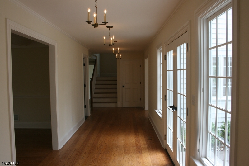 Additional photo for property listing at 18 Red Oak Row  Chester, New Jersey 07930 United States