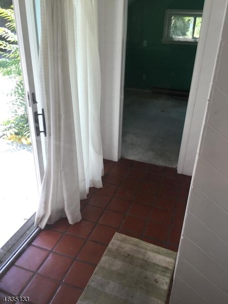Additional photo for property listing at 192 Main Street  Newton, Нью-Джерси 07860 Соединенные Штаты