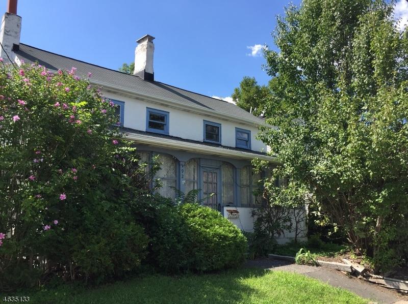 Maison unifamiliale pour l Vente à 192 Main Street Newton, New Jersey 07860 États-Unis