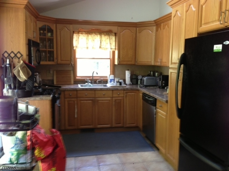 Additional photo for property listing at 204 Winetka Road  Highland Lakes, Нью-Джерси 07422 Соединенные Штаты