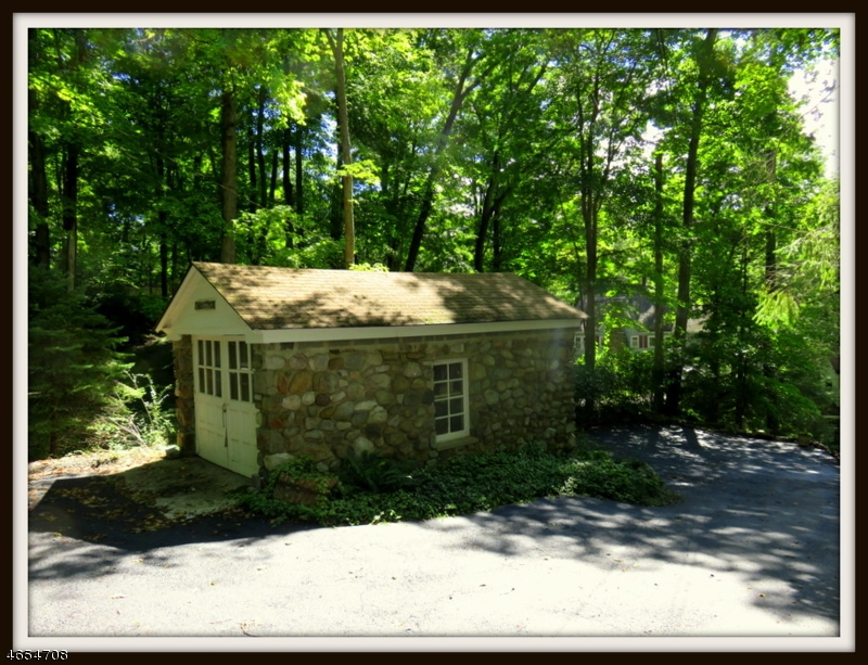 Additional photo for property listing at 912 Ridge Road  Stillwater, New Jersey 07860 États-Unis