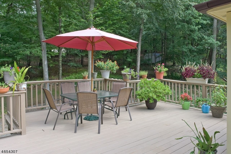 Additional photo for property listing at 22 7th Avenue  Mine Hill, New Jersey 07803 États-Unis