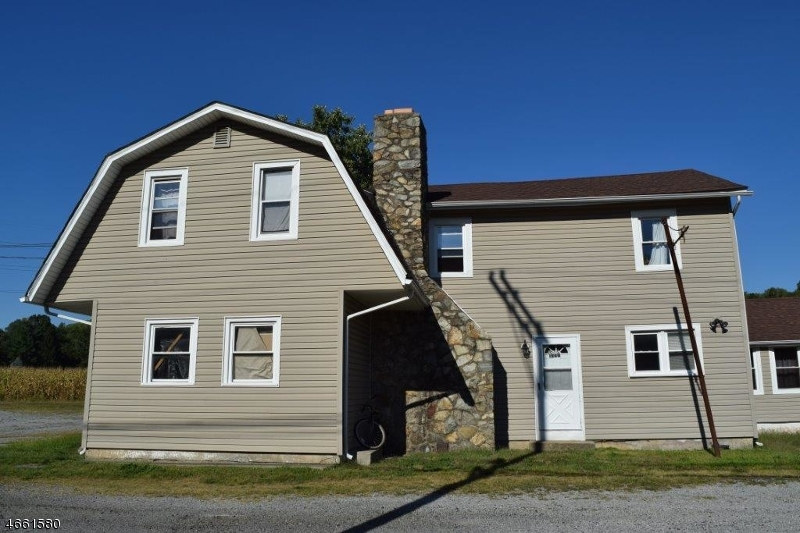 Additional photo for property listing at 1075 State Route 173  Asbury, New Jersey 08802 États-Unis