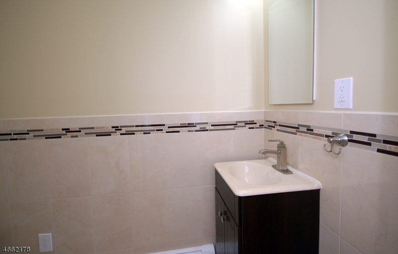 Additional photo for property listing at Address Not Available  Martinsville, Nueva Jersey 08836 Estados Unidos