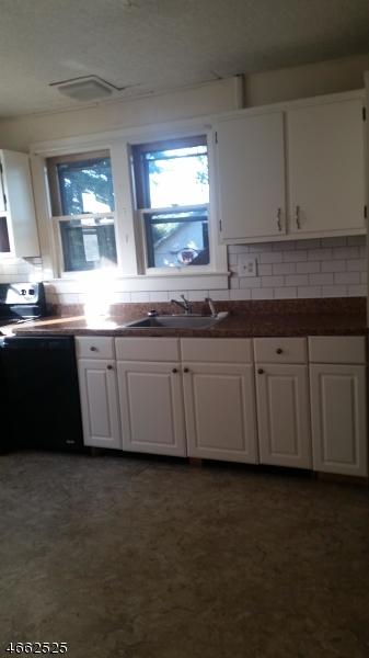 Casa Unifamiliar por un Alquiler en 406 - A New Brunswick Avenue Phillipsburg, Nueva Jersey 08865 Estados Unidos