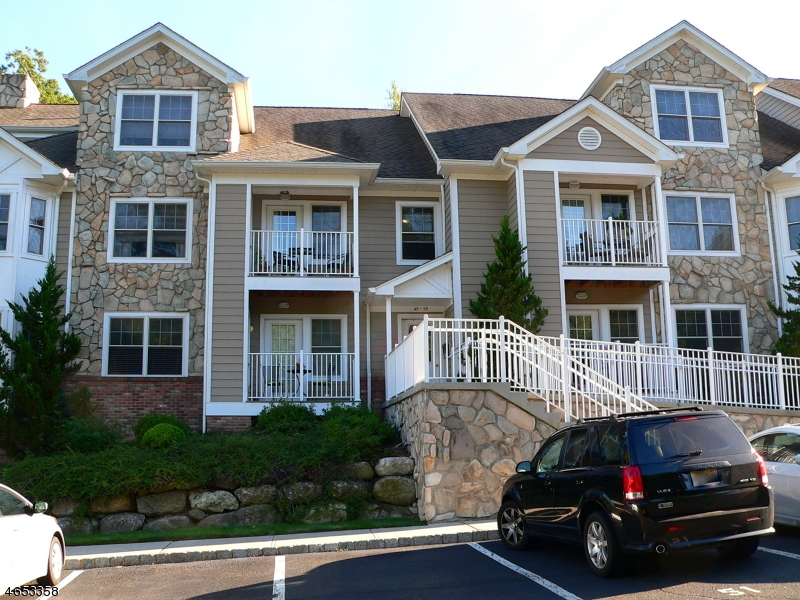 Single Family Home for Rent at 55 Hamburg Tpke Butler, 07405 United States