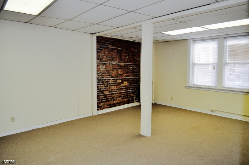 Additional photo for property listing at 1018 Stuyvesant Avenue  Union, New Jersey 07083 États-Unis