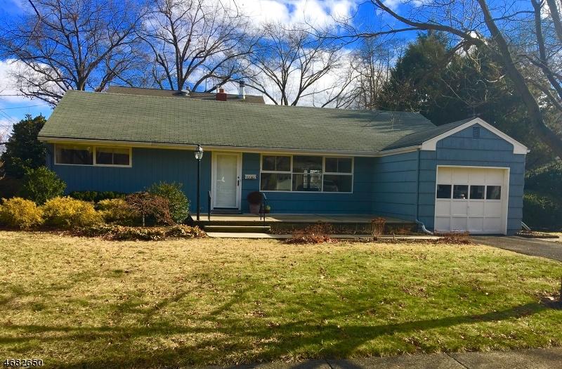Частный односемейный дом для того Аренда на 255 N Walnut Street Ridgewood, Нью-Джерси 07450 Соединенные Штаты