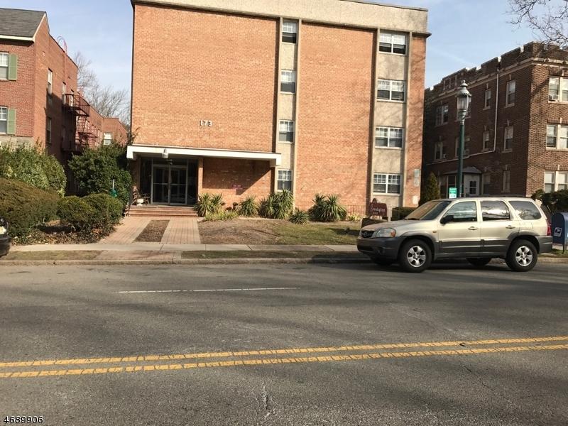 Maison unifamiliale pour l à louer à 173 S Orange Avenue South Orange, New Jersey 07079 États-Unis