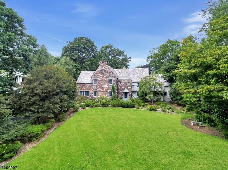 Single Family Home for Sale at 286 Highland Avenue Ridgewood, 07450 United States