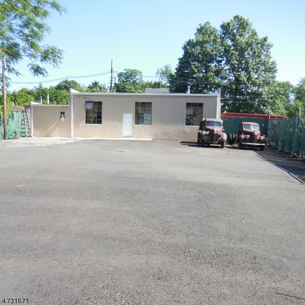 Additional photo for property listing at 54 Fairview Avenue  Somerville, New Jersey 08876 United States