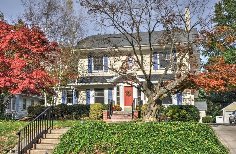 Частный односемейный дом для того Аренда на 158 N Euclid Avenue Westfield, Нью-Джерси 07090 Соединенные Штаты