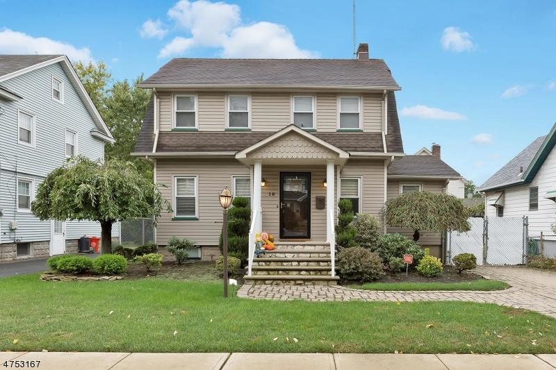 Casa Unifamiliar por un Venta en 18 W Colfax Avenue Roselle Park, Nueva Jersey 07204 Estados Unidos