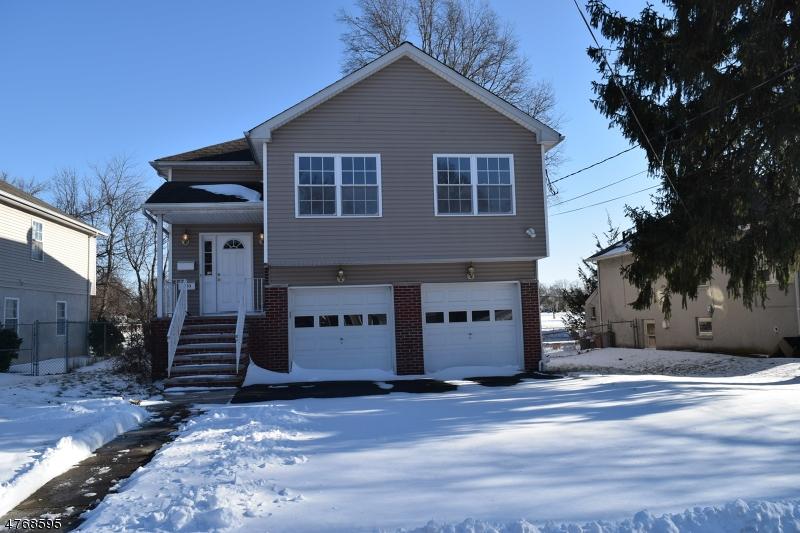 Частный односемейный дом для того Продажа на Address Not Available Rahway, Нью-Джерси 07065 Соединенные Штаты