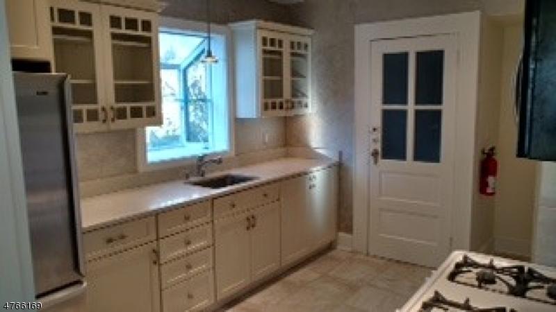Casa Unifamiliar por un Alquiler en 22 Lexington Avenue Maplewood, Nueva Jersey 07040 Estados Unidos