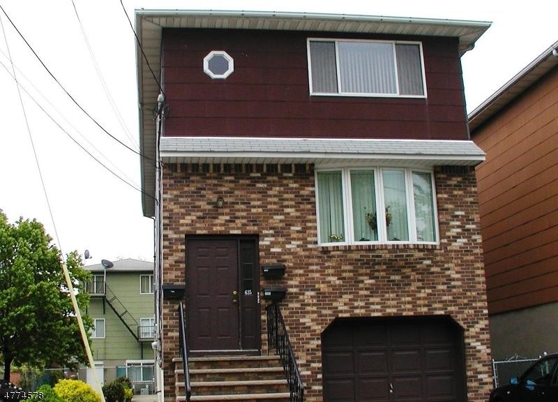 Частный односемейный дом для того Аренда на 635 Central Avenue Harrison, Нью-Джерси 07029 Соединенные Штаты