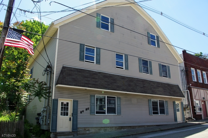 Rentals for Rent at 84 84-86 Main St 84 84-86 Main St Franklin, New Jersey 07416 United States