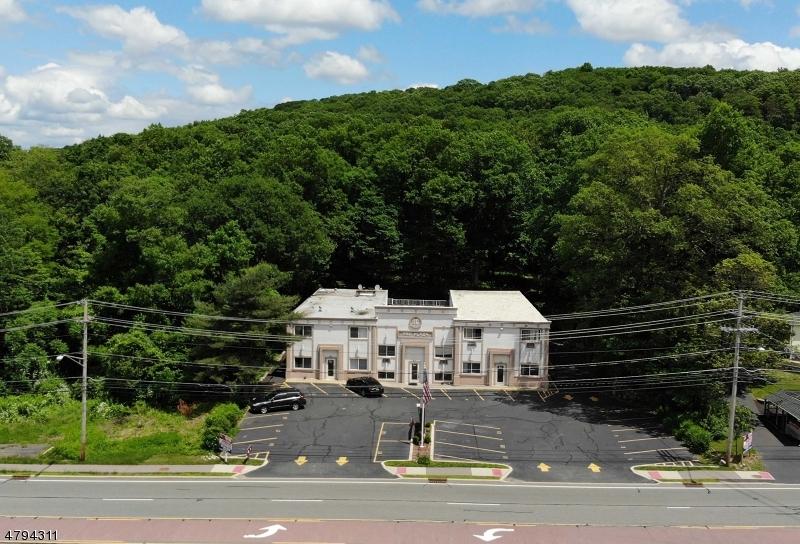 Comercial por un Alquiler en 16 Route 206 / A Byram Township, Nueva Jersey 07874 Estados Unidos